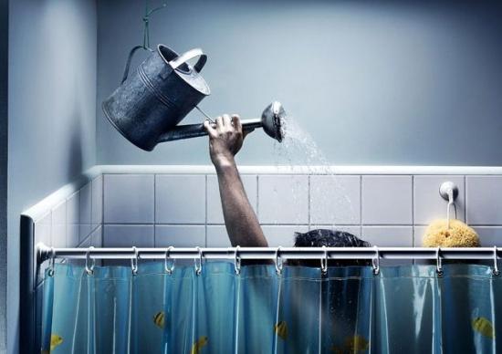 حمام رفتن با شکم پر یا خالی